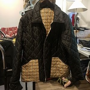 Reversible plaid lightweight puffer jacket